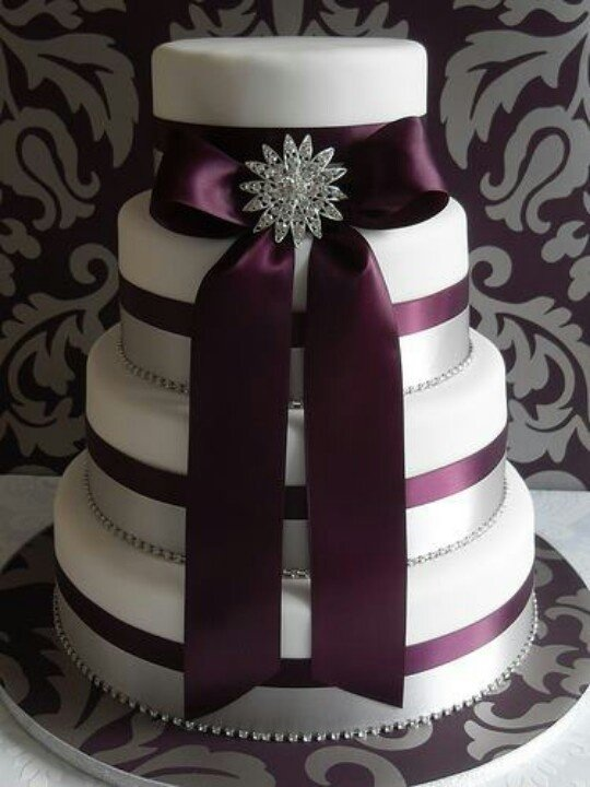 Images Of Purple Wedding Cake : Purple Wedding Cake Ideas - Wedding and Bridal Inspiration