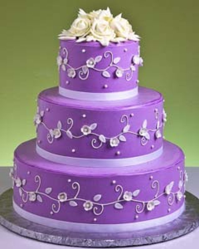Images Of Purple Wedding Cake : Purple Wedding Cakes Pictures - Wedding and Bridal Inspiration