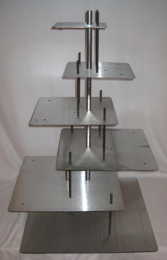 that wedding cake stands post which is arranged within square stands