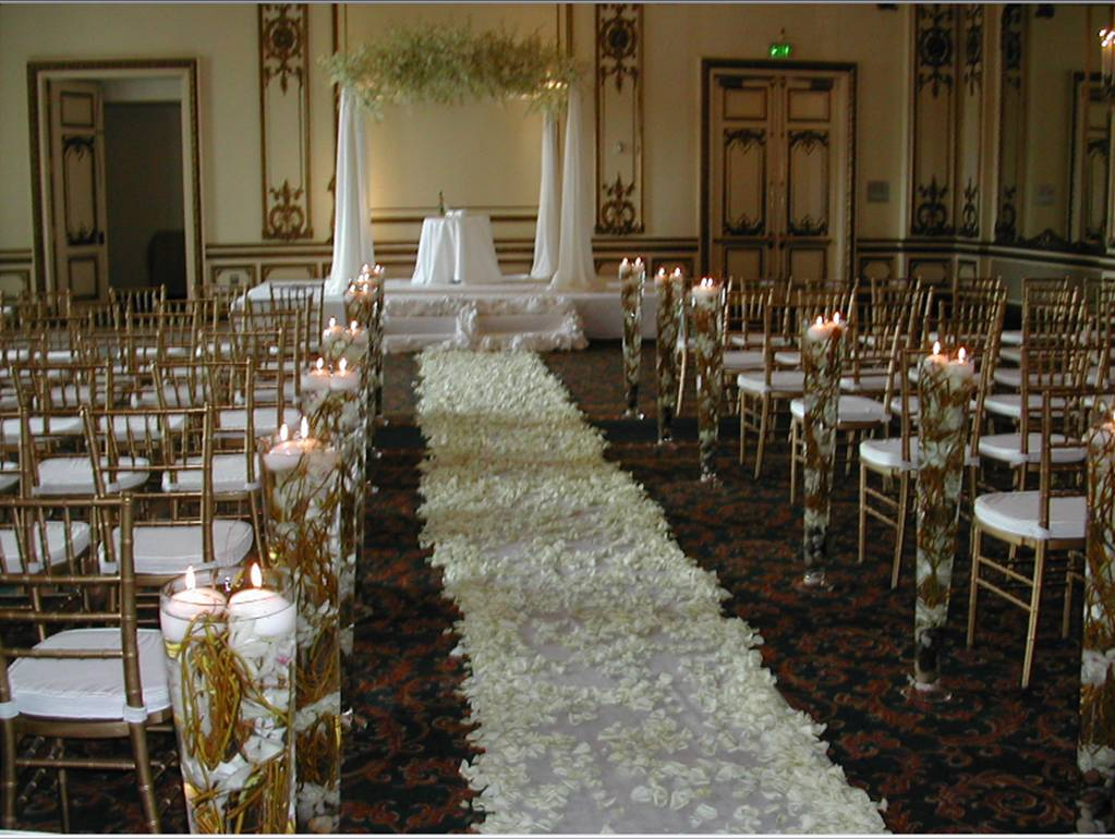 Cheap church wedding decorations wedding and bridal for Cheap wedding reception decorations