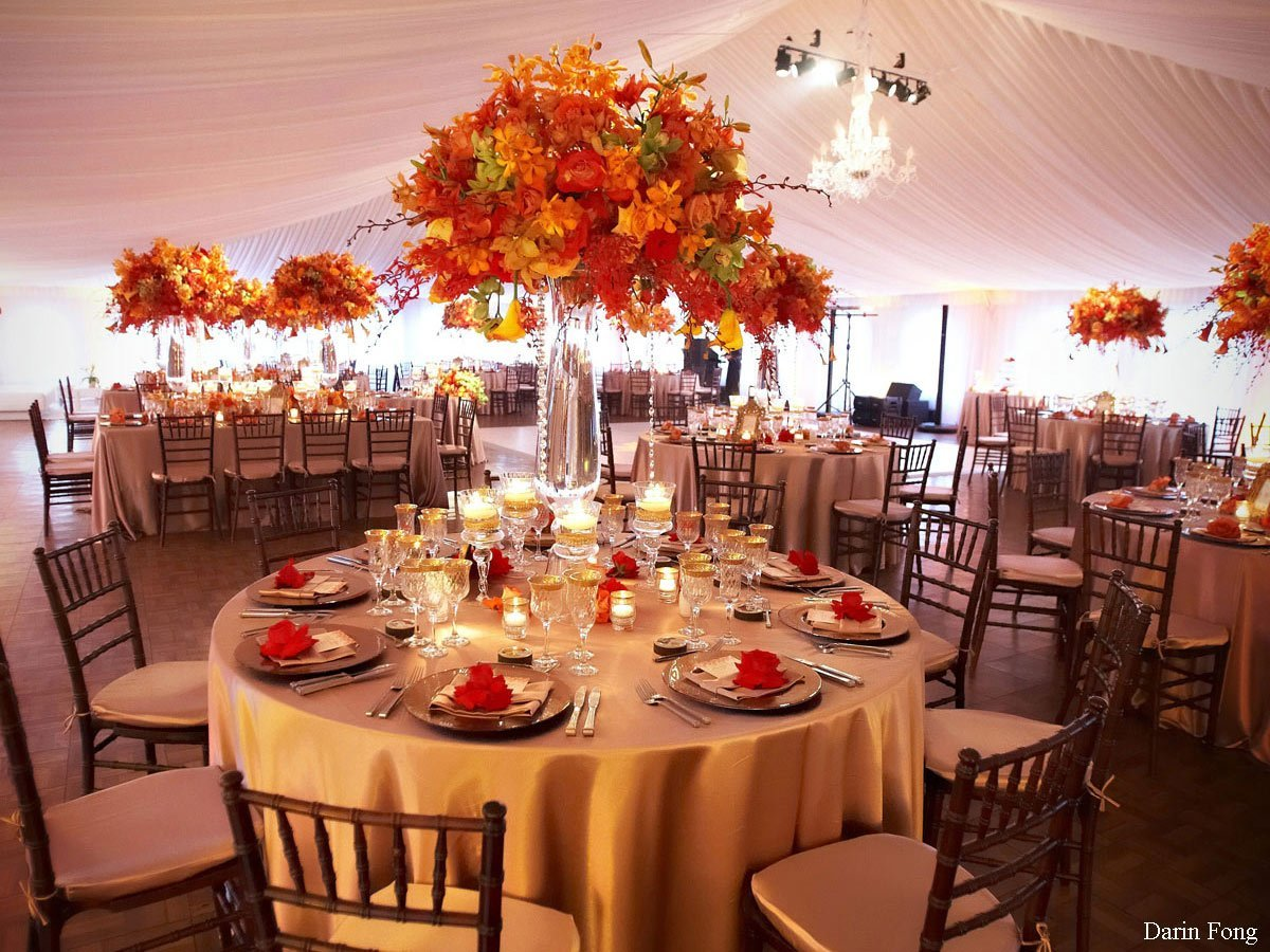 October wedding centerpieces and bridal inspiration