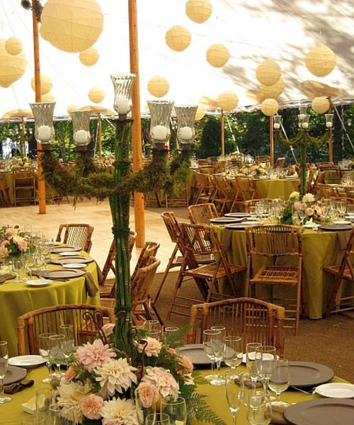 Outdoor wedding table decorations ideas wedding and for Garden wedding table settings