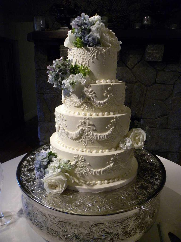 Wedding Cake Designs Vintage : Vintage Wedding Cake Designs - Wedding and Bridal Inspiration