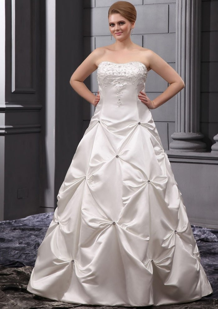 Cheap plus size wedding gowns wedding and bridal inspiration for Discount plus size wedding dresses