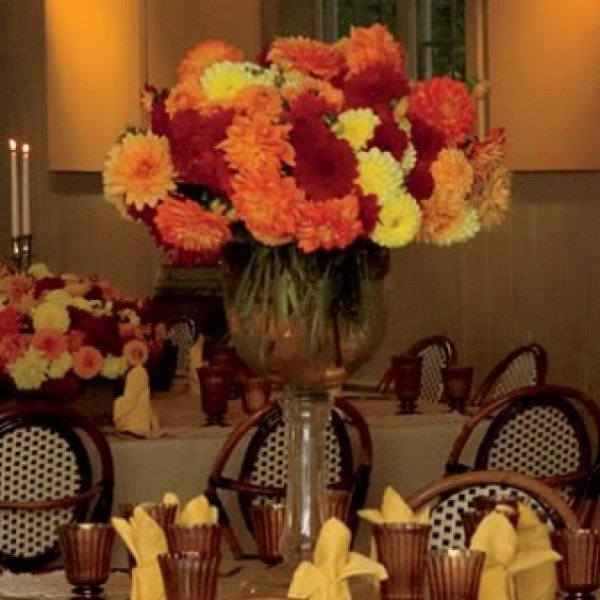 Fall wedding centerpiece ideas on a budget and