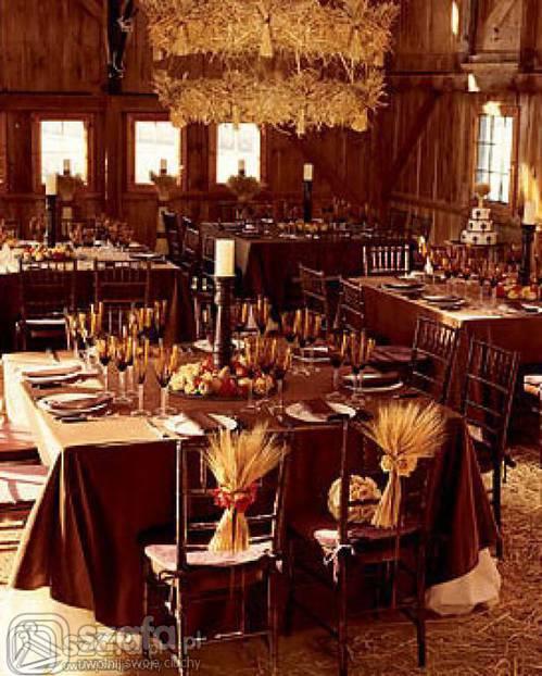 October Outdoor Wedding Ideas: Rustic Wedding Reception Decorations