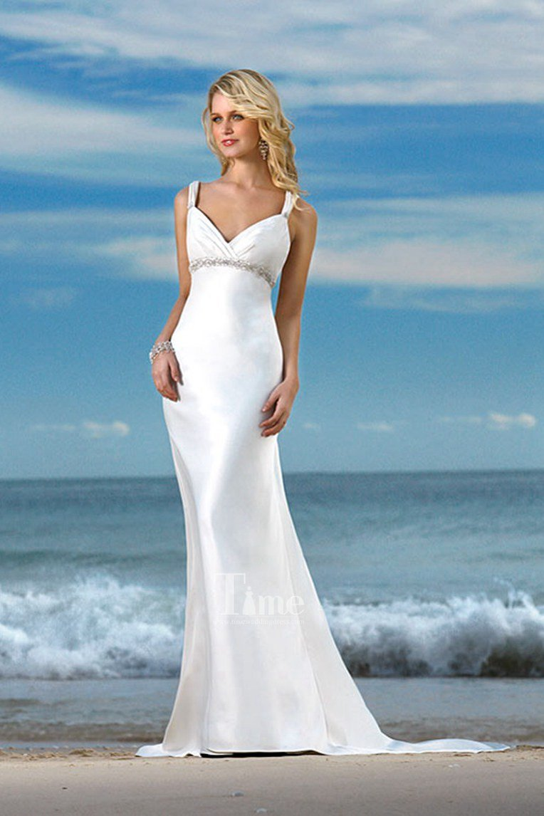 Perfect beach wedding dress wedding and bridal inspiration for Best wedding dresses for beach weddings