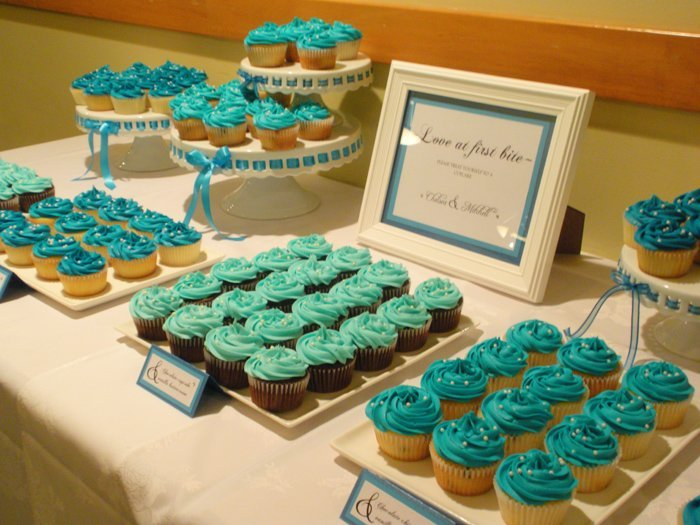 Wedding cupcake display ideas wedding and bridal inspiration