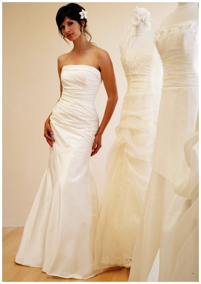 Designer wedding gowns for rent wedding and bridal for Rent designer wedding dresses online