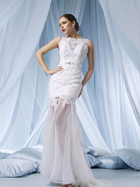 Discount designer wedding gowns wedding and bridal for Unique wedding dresses cheap
