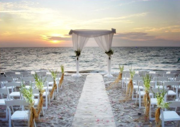 Beach Wedding Aisle Decorations