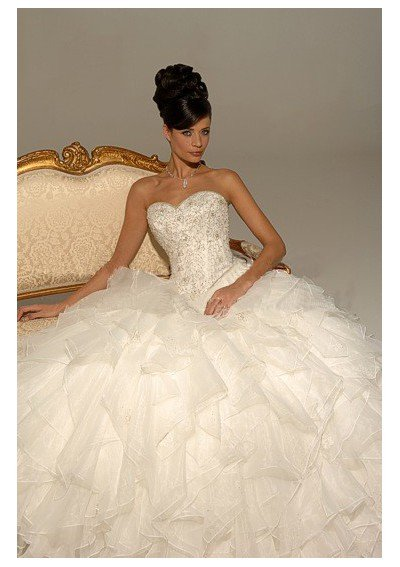 Big ball gown wedding dresses wedding and bridal inspiration for Huge ball gown wedding dresses
