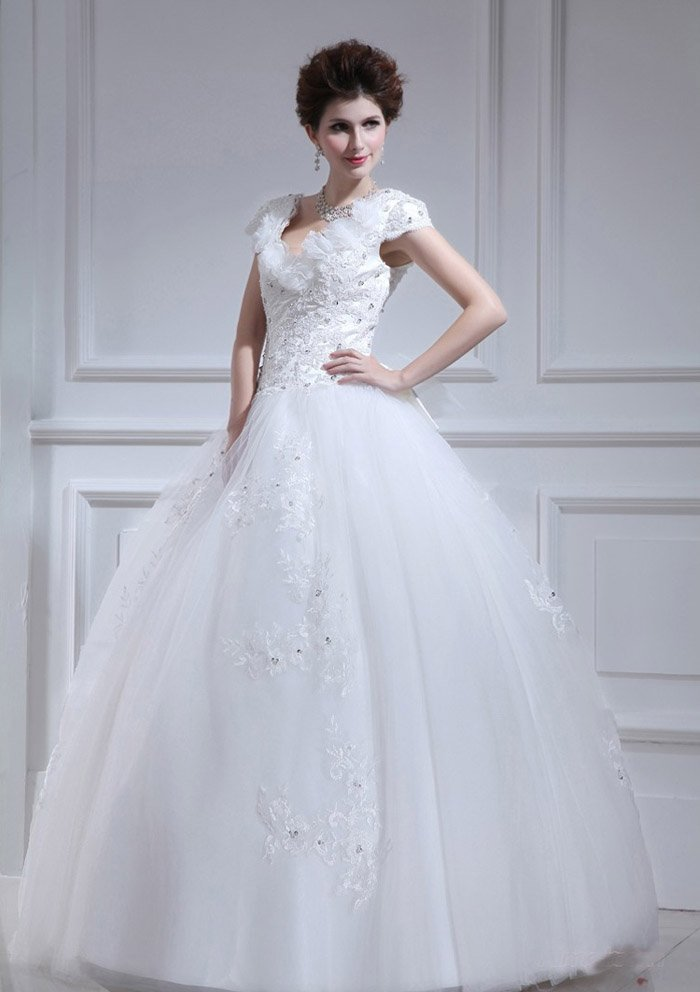 Wedding Dress For Short Brides : Bridal gowns for short brides wedding and inspiration