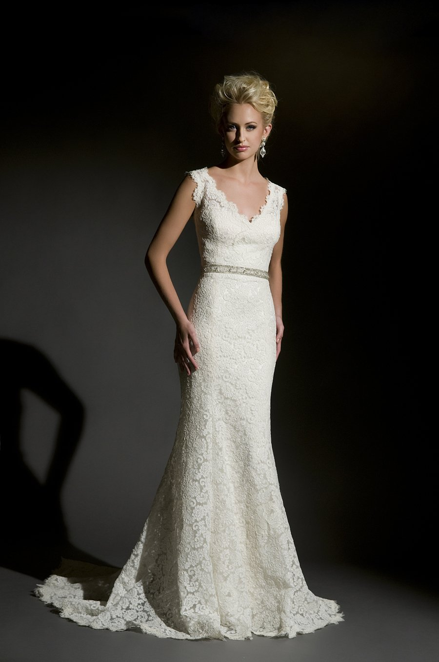 How to buy the appropriate couture wedding dresses for Wedding appropriate dresses