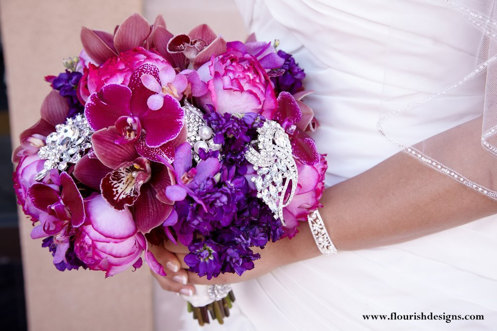 Wedding Bouquets Fresh Flowers : Fresh flower wedding bouquets and bridal inspiration
