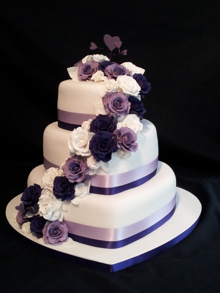Cake Design Heart Shape : Heart Shaped Wedding Cakes - Wedding and Bridal Inspiration