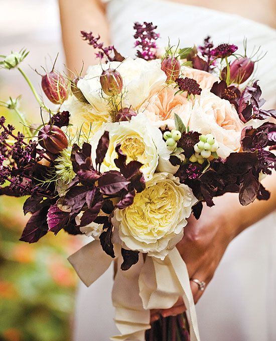 How Much Do Wedding Bouquets Cost