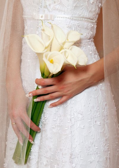How Long Should Bridal Bouquet Stems Be : Long stem calla lily wedding bouquet and bridal