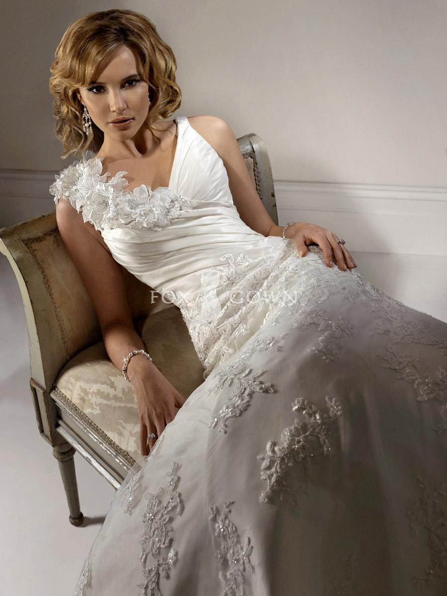 How to search out competent wedding dress designers for How to find a wedding dress