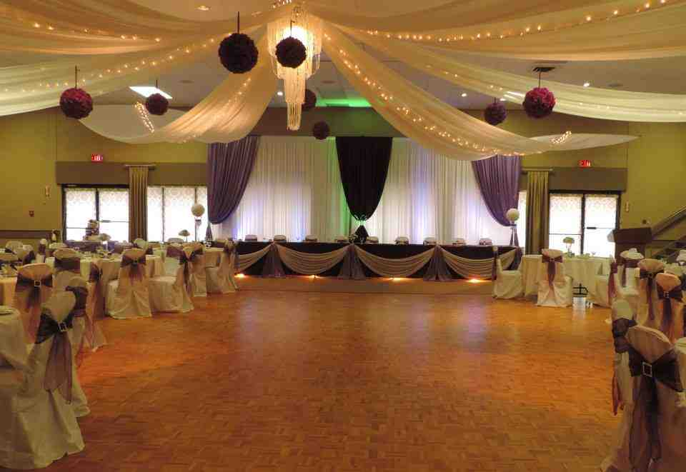 How to decorate a hall for a wedding wedding and bridal for Wedding hall decoration photos