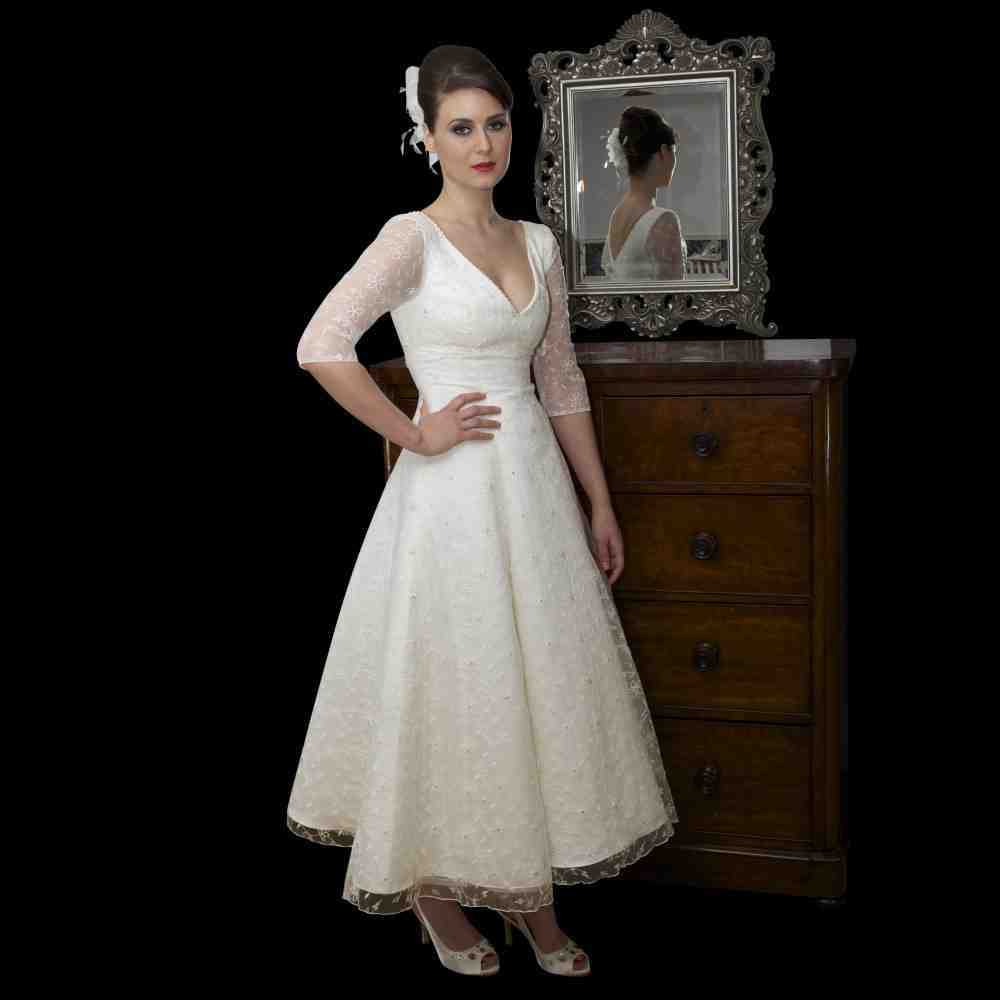 vintage style wedding dresses with sleeves wedding and