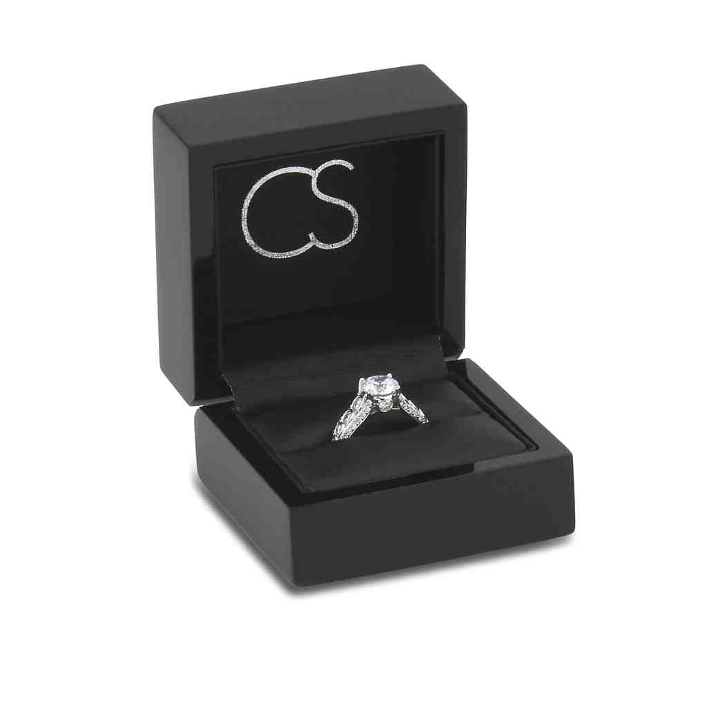 Engagement Ring Box Tips To Present With Style Wedding