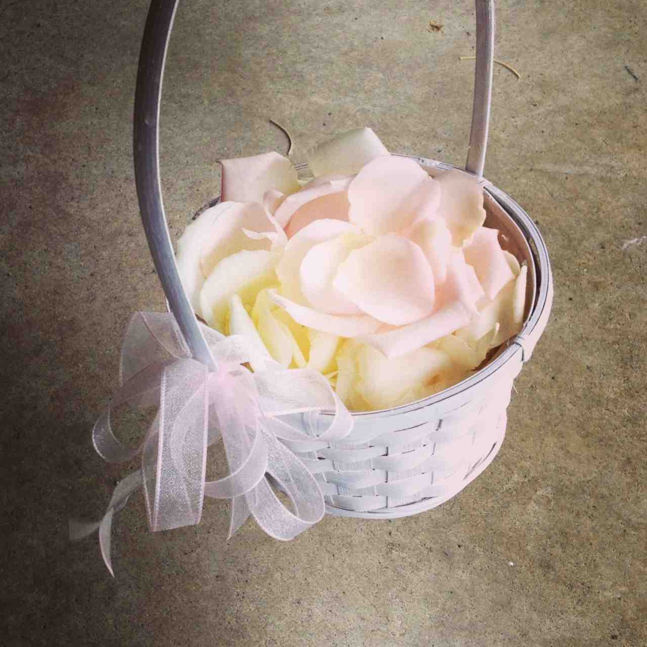 How To Make A Flower Basket For A Flower Girl : Flower girl baskets the beautiful wedding and bridal