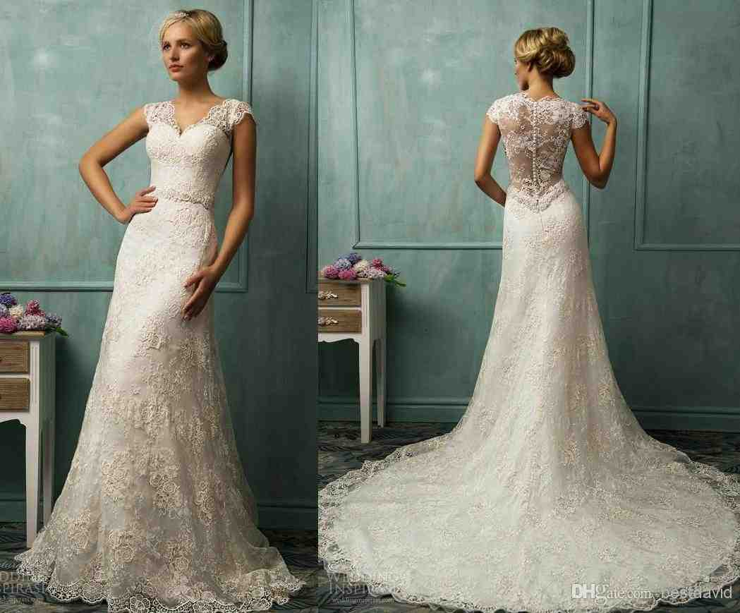 Lace wedding dress with sleeves and open back wedding for Wedding dresses lace sleeves open back