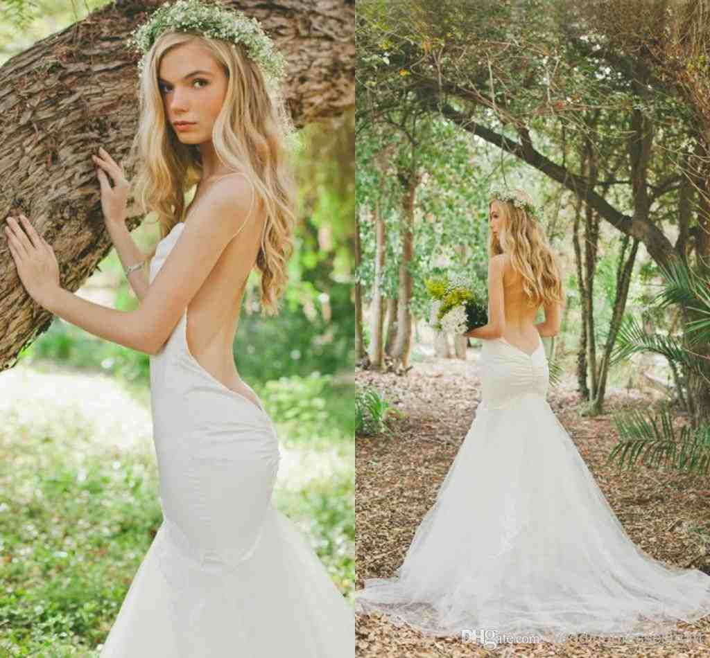 Wedding dresses garden bridesmaid dresses for Simple form fitting wedding dresses