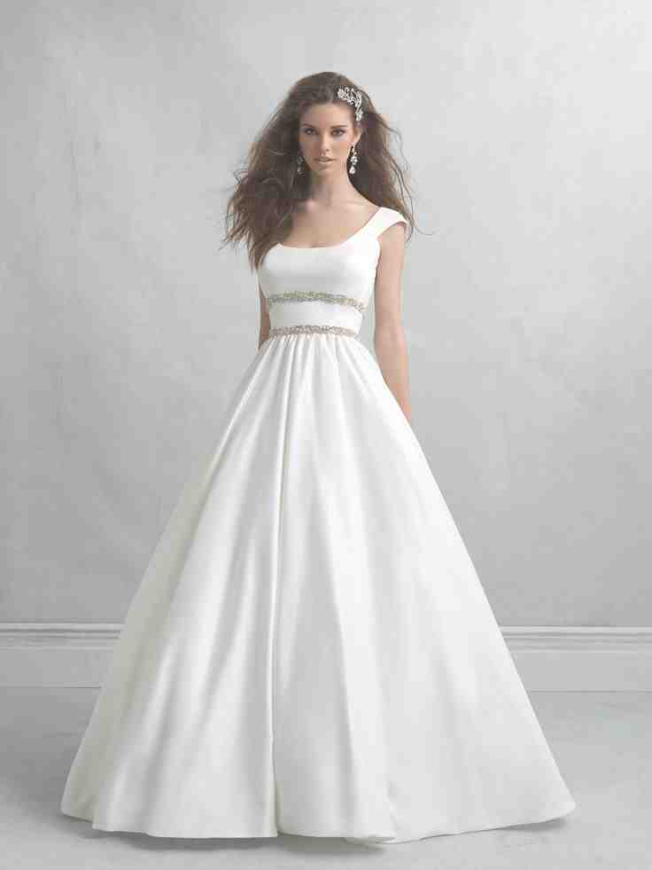 Around the neck wedding dresses wedding and bridal for Around the neck wedding dresses