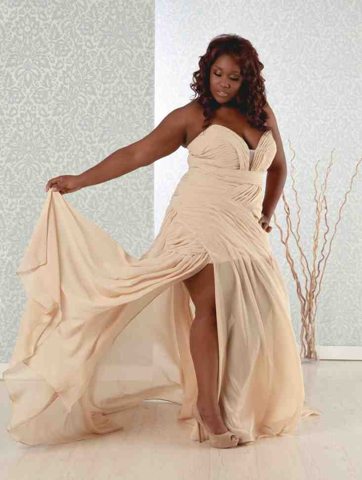 Plus size wedding reception dresses wedding and bridal for Plus size wedding party dresses