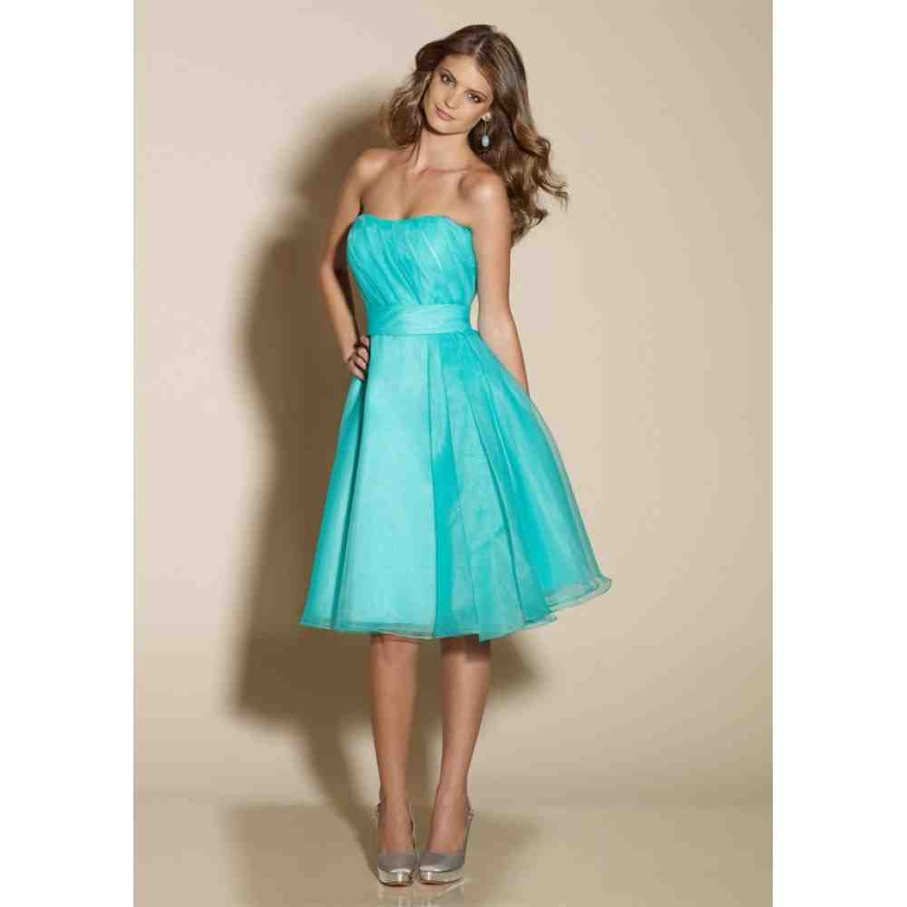 Turquoise bridesmaid dresses suit a wedding in any season for Turquoise and white wedding dresses