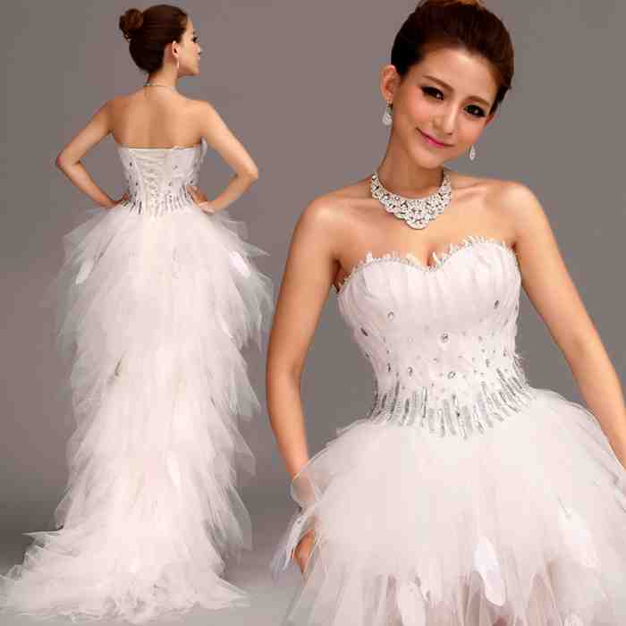 Short wedding dress with feathers wedding and bridal for Short feather wedding dress