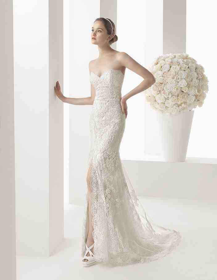 Wedding dresses for petite curvy brides wedding and for Petite bride wedding dress