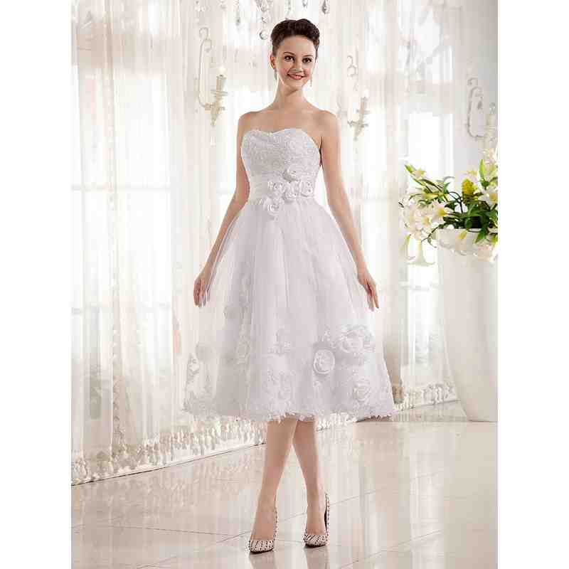 Wedding dresses for second weddings wedding and bridal for Bridal dresses for second weddings
