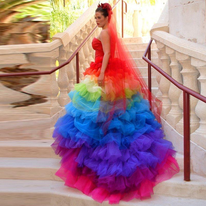 Разноцветные платье