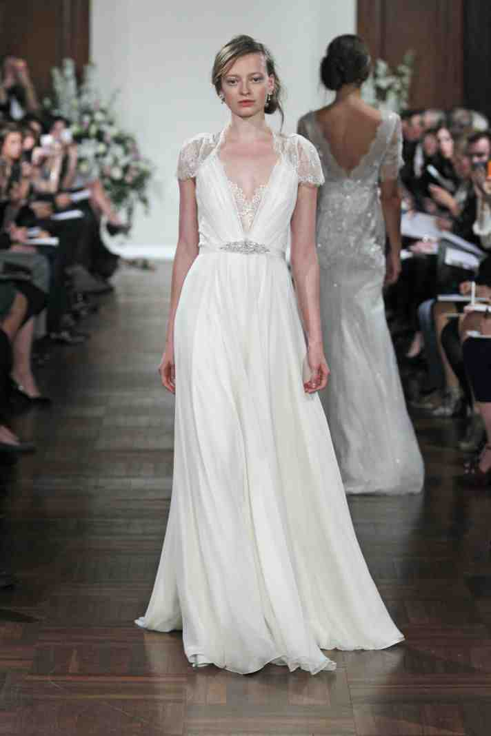 Used jenny packham wedding dress wedding and bridal for Pre owned wedding dresses
