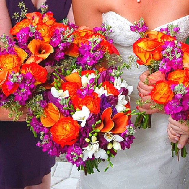 13 Beach Wedding Hair Ideas You Need To See Right Now: Purple And Orange Wedding Flowers