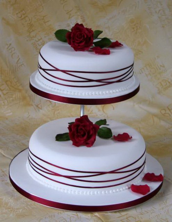 pictures of simple 2 layer wedding cakes simple two tier wedding cakes wedding and bridal inspiration 18433