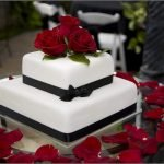 5 Tips for Your Wedding Cake Decorations