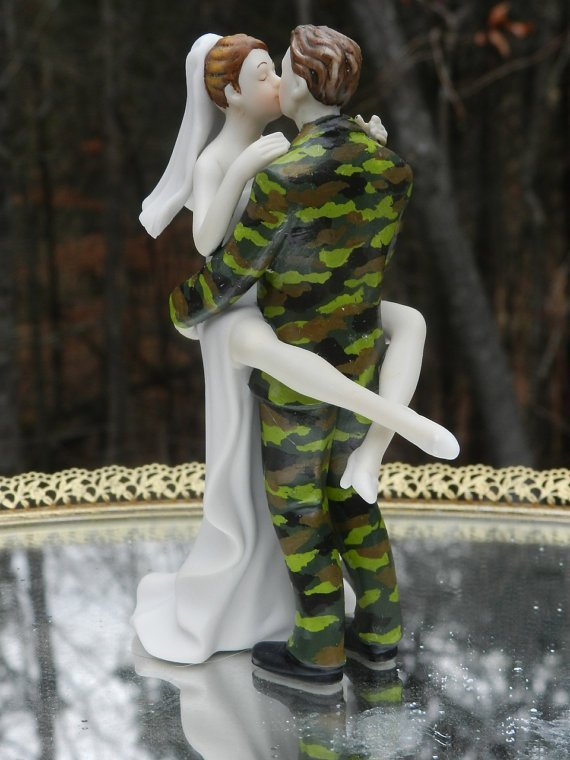 camo wedding cake topper camo wedding cake toppers wedding and bridal inspiration 12341