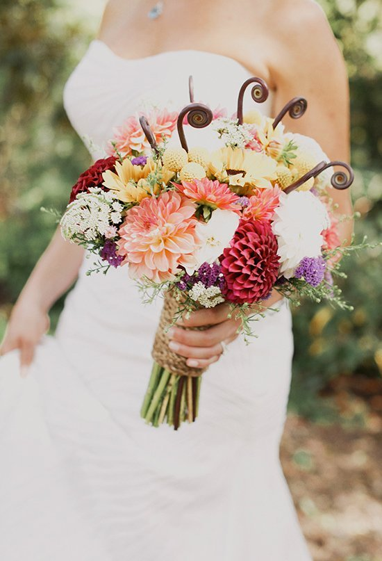 country wedding flowers country wedding flowers wedding and bridal inspiration 3130