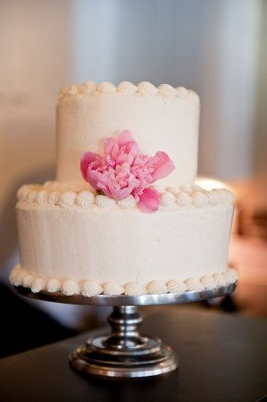 how to bake wedding cake how to bake a wedding cake wedding and bridal inspiration 15583